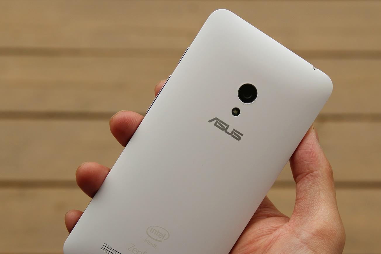 ASUS ZenFone 5 представят весной 2018 года