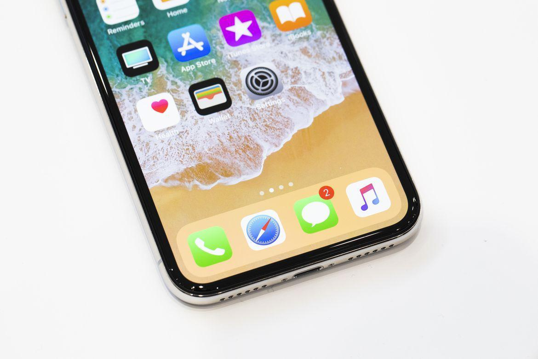 Док в iPhone X Живые фото iPhone X