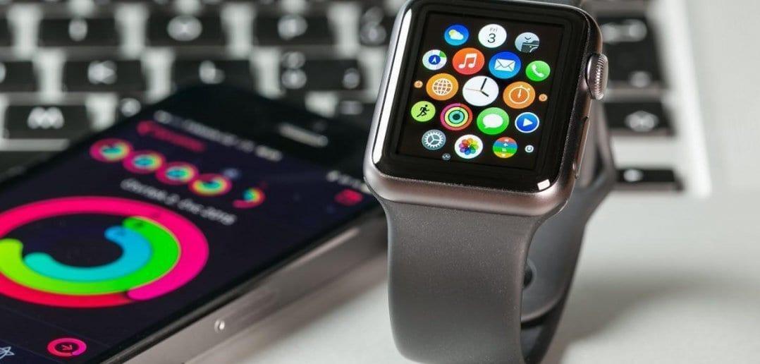 apple watch smartphone mobile devices ss 1920 3 1240x720 1078x516 - В watchOS 4 больше не отображается музыка
