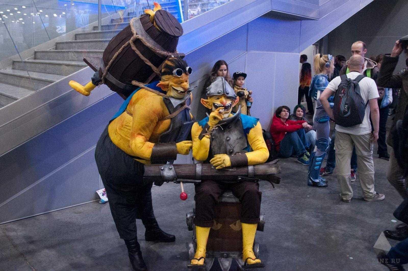 Cosplay 10 of 109 - 18+ Самый необычный косплей на ИгроМир 2017 и Comic Con. Часть 2