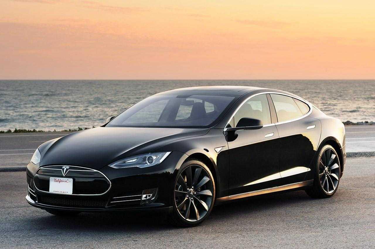 В Tesla добавили новый режим «Chill» Acceleration