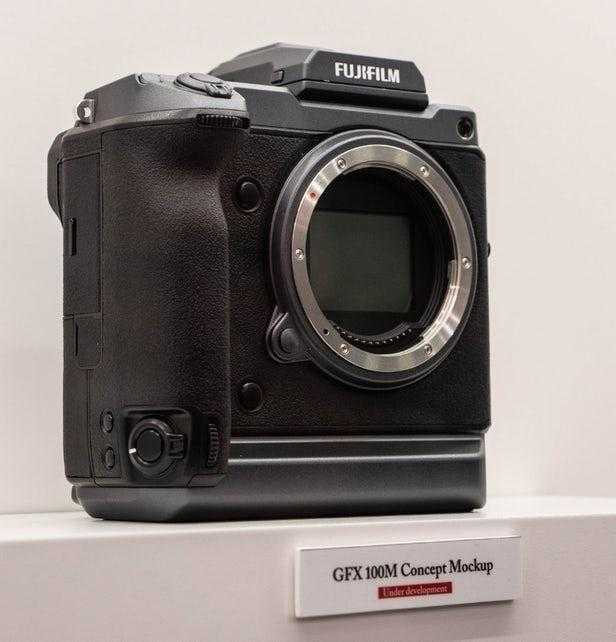 Fujifilm разрабатывает 100-мегапиксельную камеру