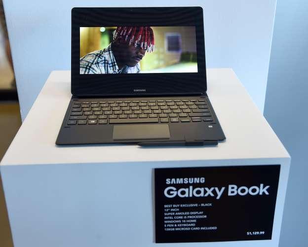 Samsung показала первый 15,6-дюймовый 4K OLED-экран для ноутбуков