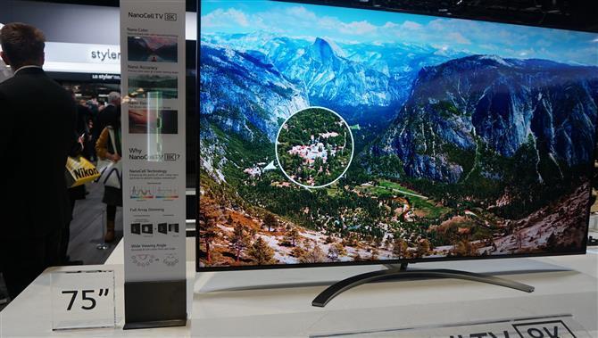 LG выпустила новую линейку премиальных телевизоров 2019 года