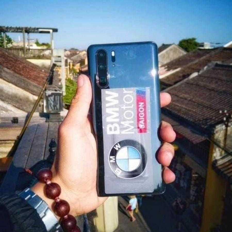 Huawei P30 Pro засветился на живых фото