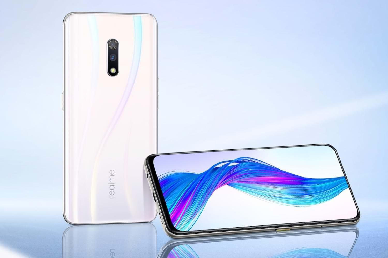 Realme представила первый флагманский смартфон Realme X с всплывающей селфи-камерой и Snapdragon 710