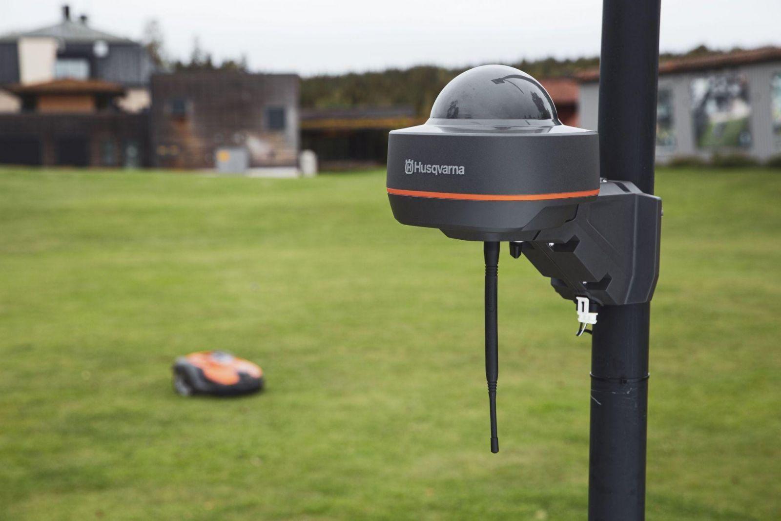 Газонокосилки-роботы Husqvarna теперь работают через спутник