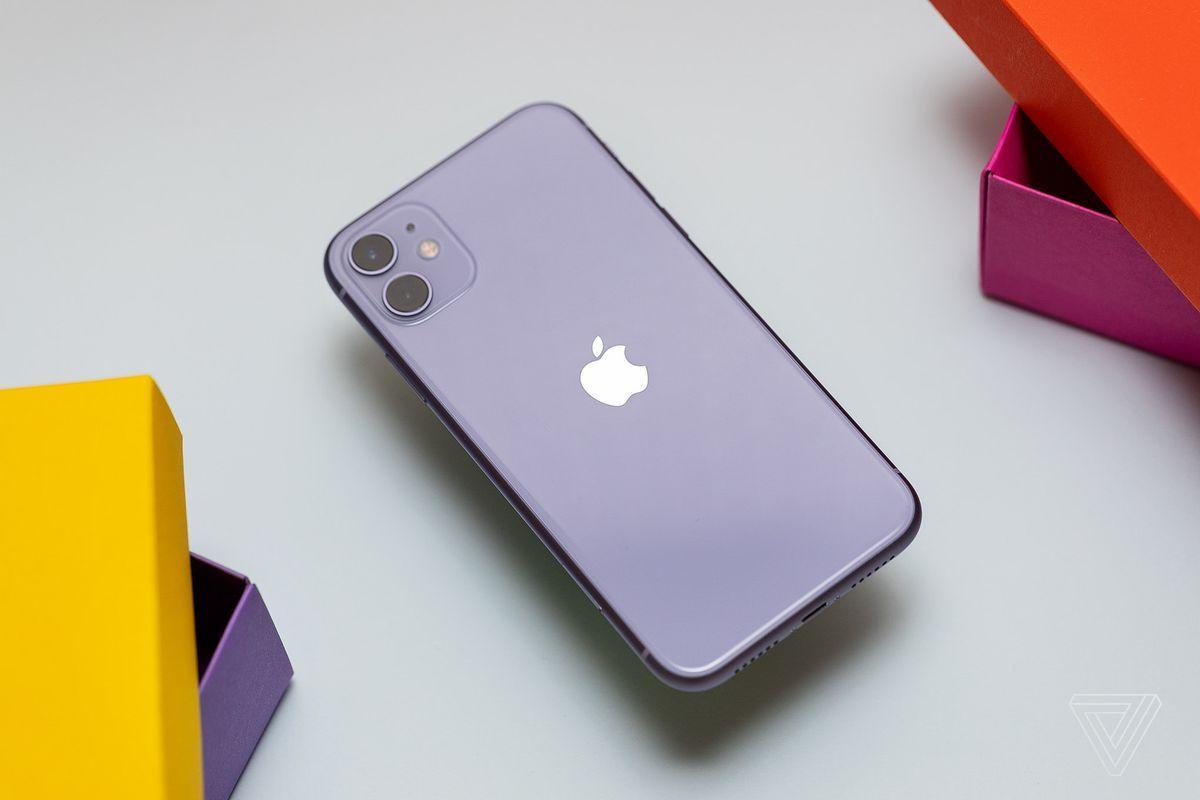 Когда выгоднее всего покупать новый iPhone