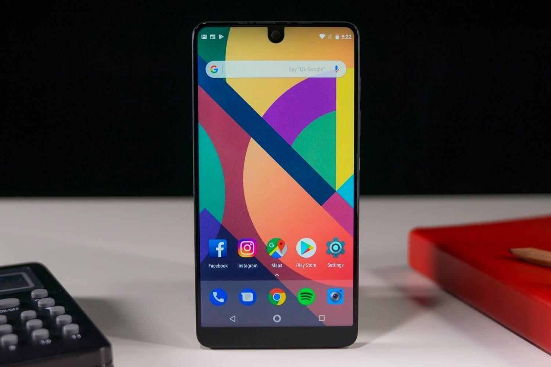 Создатель Android закрывает компанию Essential Phone
