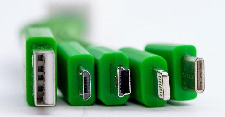 Европарламент одобрил единый стандарт разъём зарядки