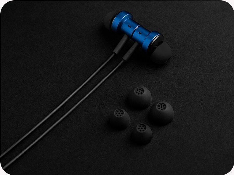 Xiaomi представили новые проводные недорогие наушники