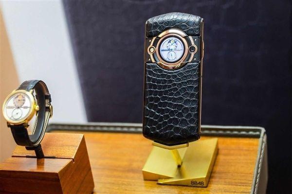 8848-m5 Смартфон Titanium M6 5G скоро появится в продаже