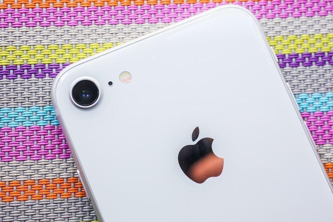 f705bd20e7b3b4d1b2b5a96bb273b945533b1614 Foxconn возобновляет производство  iPhone 9