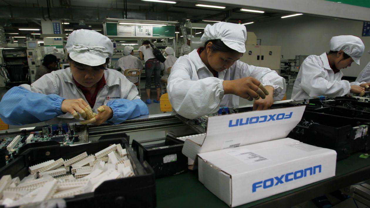 foxconn-1 Foxconn возобновляет производство  iPhone 9