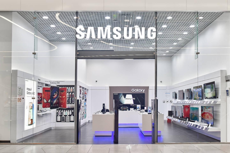 Samsung сократила заказы на комплектующие для смартфонов на целых 50%