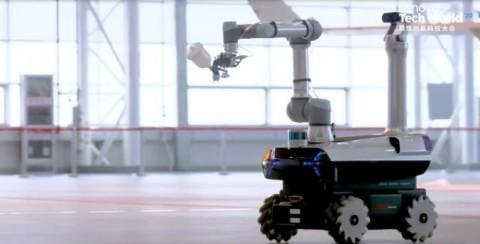 Lenovo представила промышленного робота, который умеет красить стены