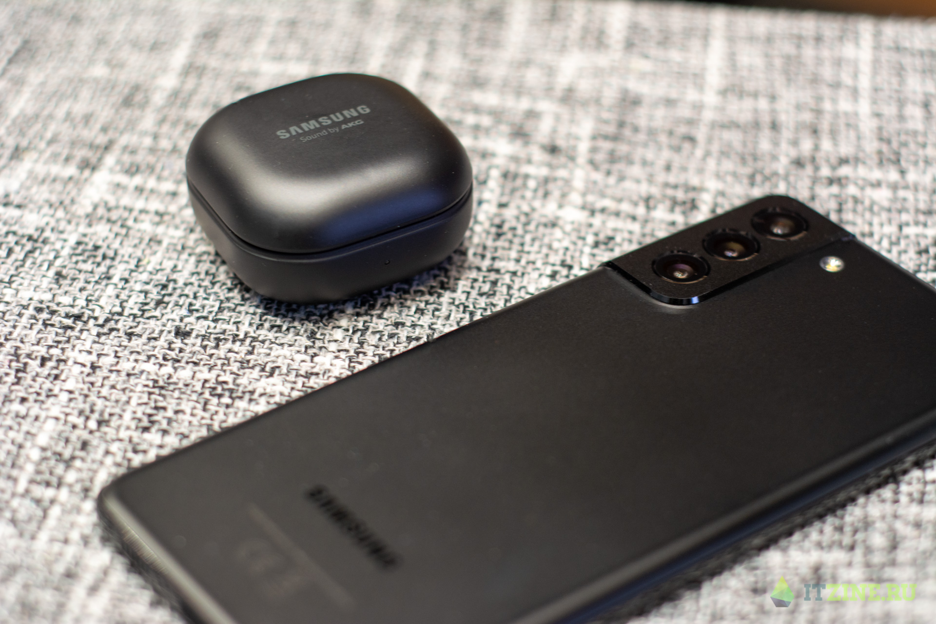 Samsung сделал наушники Galaxy Buds Pro и метку Smart Tag ()