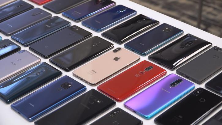 Мировые поставки смартфонов в 2020 году снизились на 8,8%