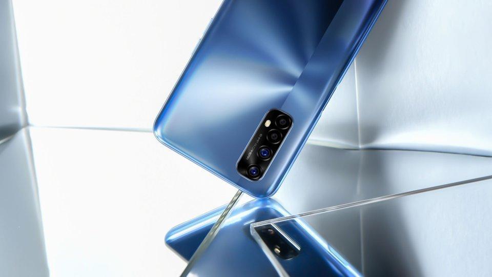 5 бюджетных смартфонов на AliExpress: что купить (thumb 413282 default big)