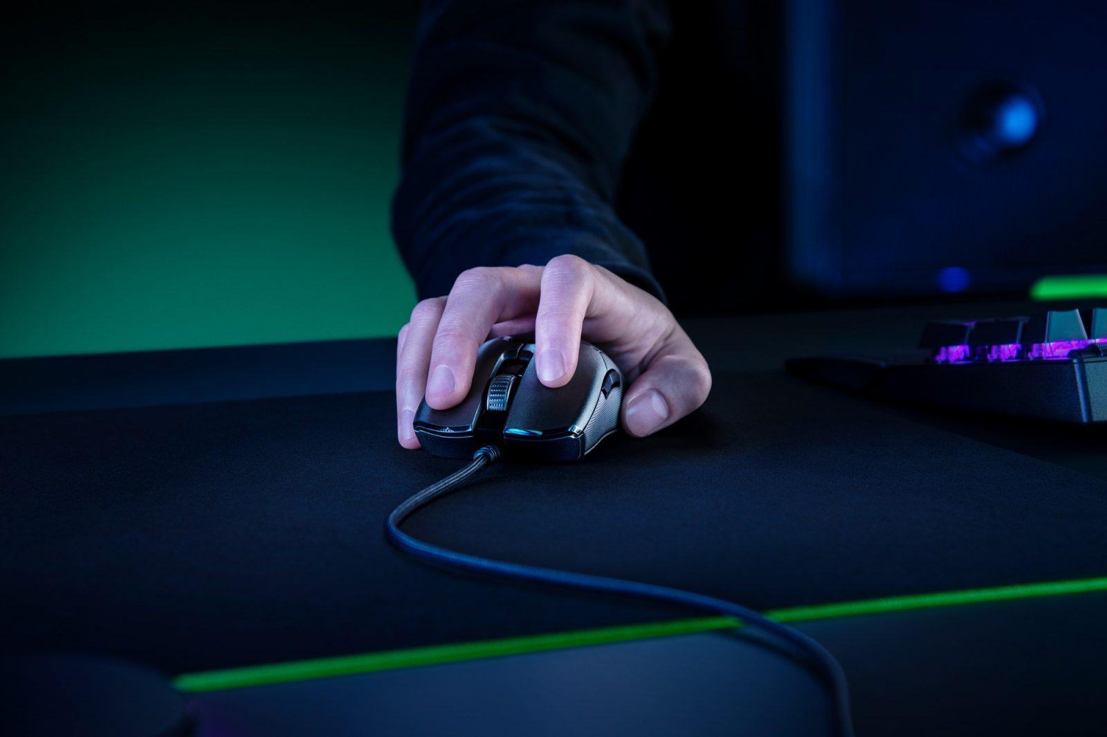 Razer представила игровую мышь Razer Viper 8KHz (viper 8khz 2020 sg studio 3)