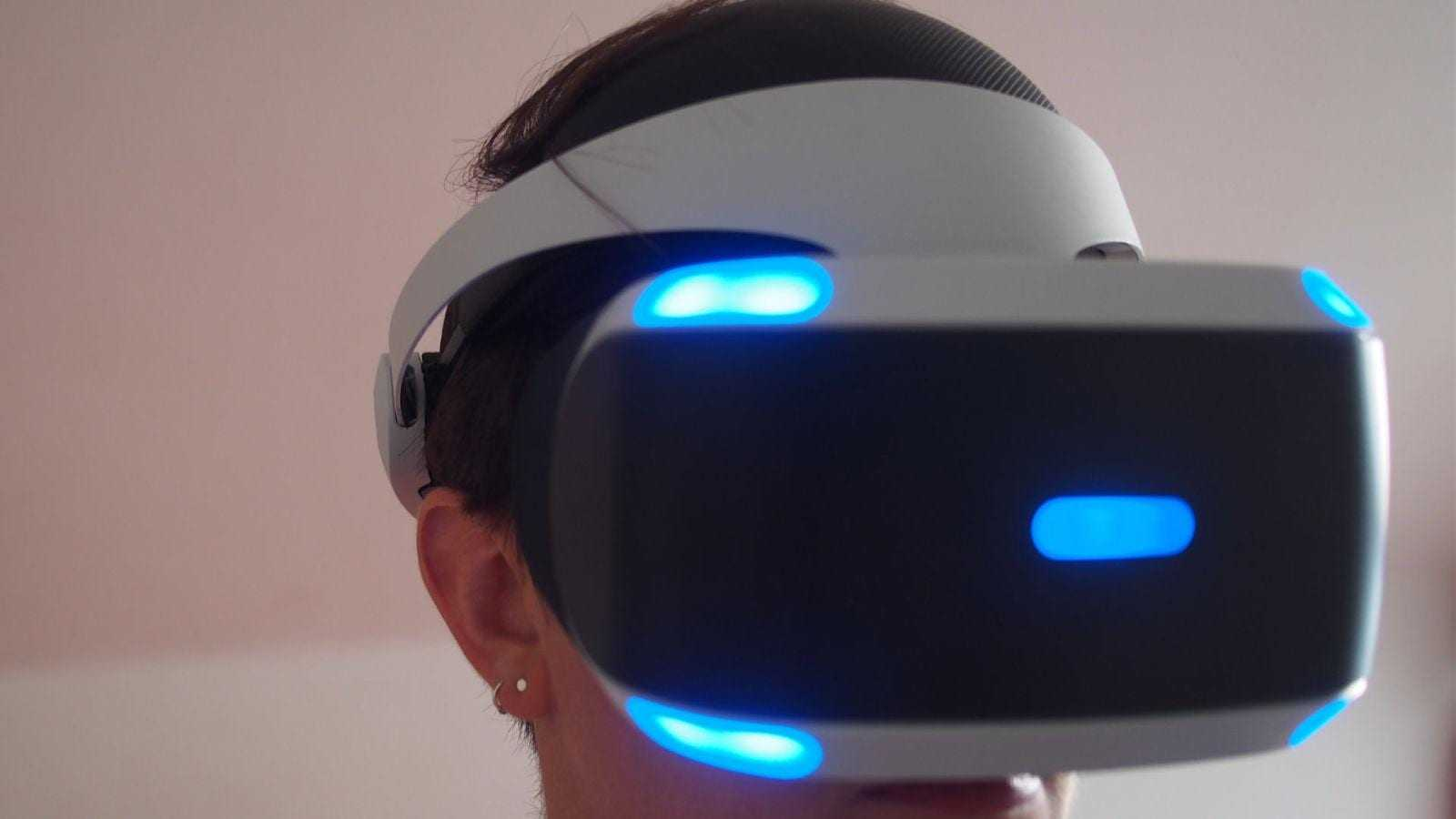 Обзор Sony PlayStation VR: реальная виртуальность (gallery 1475619641 ps vr 14)