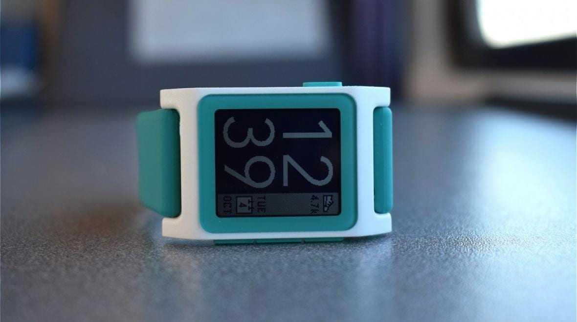 Fitbit сокращает сотрудников (18866 079b11a52d2c312357e903fe66560c3e)