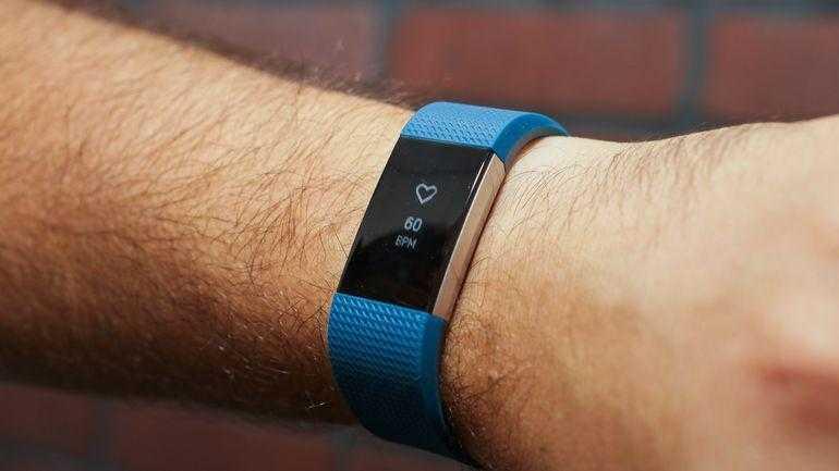 Fitbit сокращает сотрудников (fitbit charge 2 10)