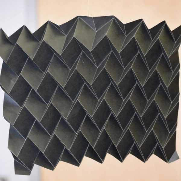 Новый оригами-радиатор защитит спутники от перепада температур (origami radiator configuration)
