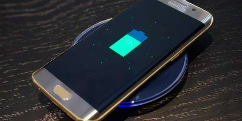 В сеть утекли фотографии аксессуаров к Samsung Galaxy S8 (Samsung Galaxy S8 aksessuary 0)