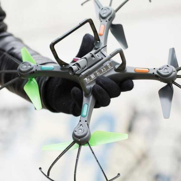 ARCHOS начинает продажи своего первого квадрокоптера в России (Archos Drone 011)