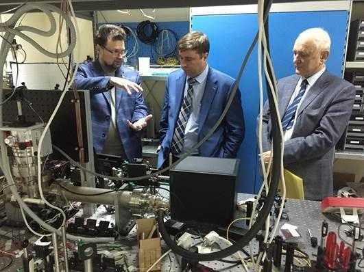 mgu - В России будет создано первое промышленное оборудование для квантовых коммуникаций