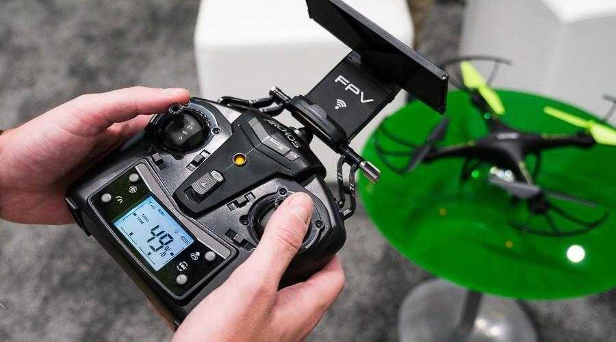 p9980617 - ARCHOS начинает продажи своего первого квадрокоптера в России