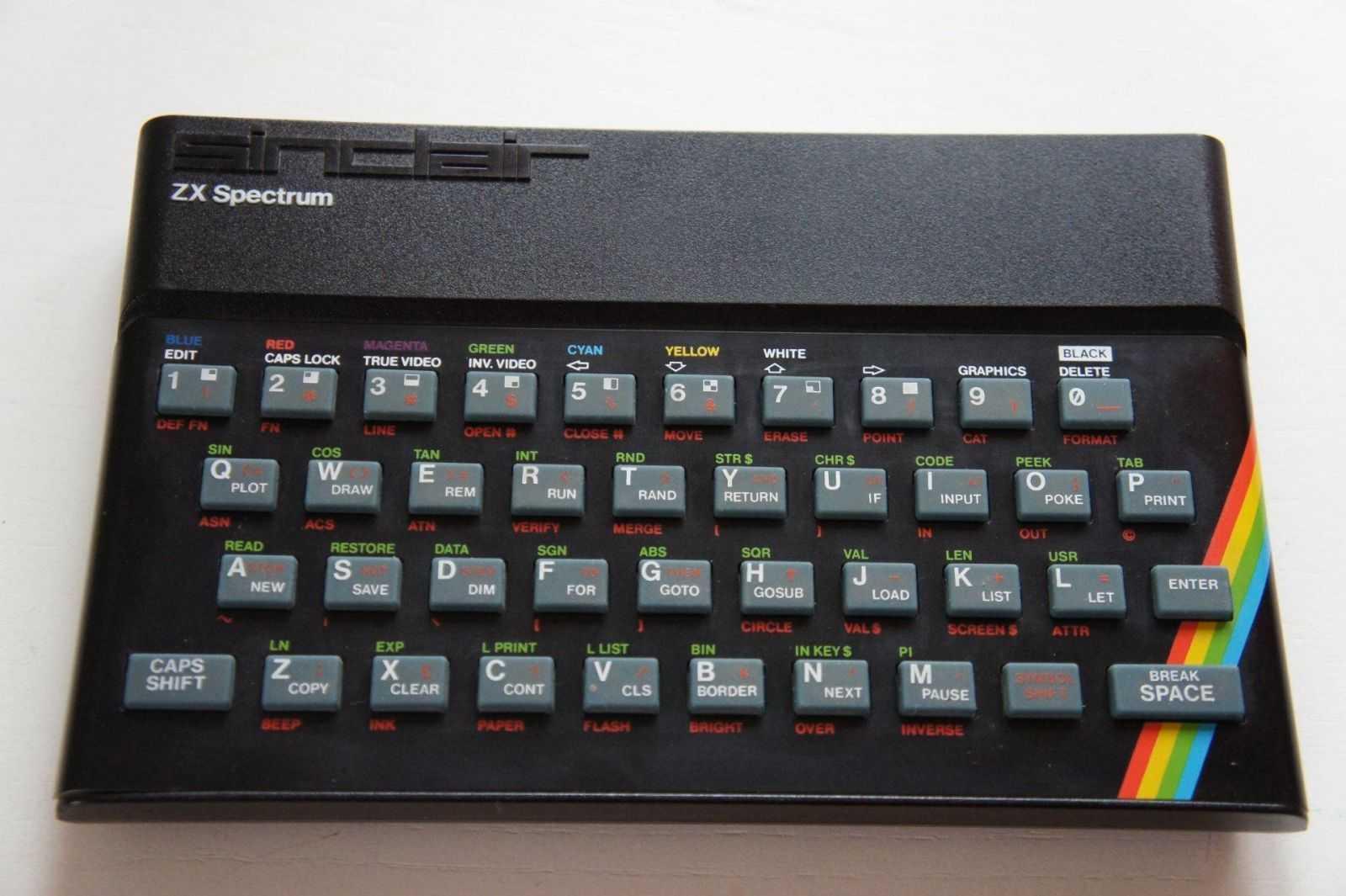 zx - Легендарному ZX Spectrum исполнилось 35 лет