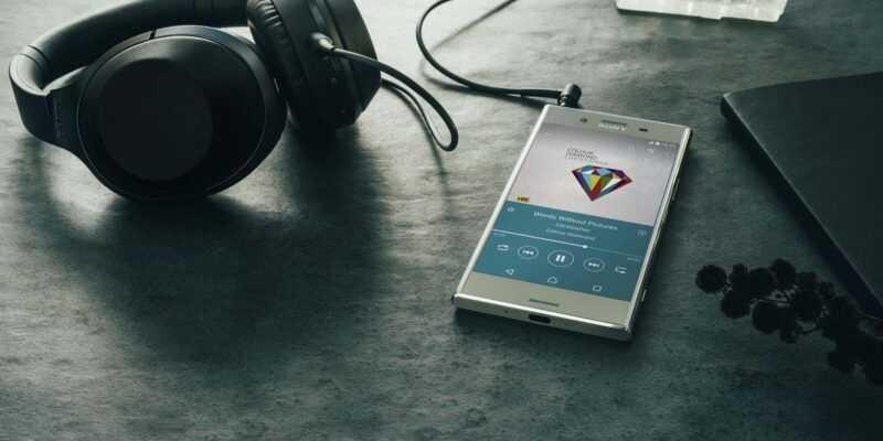 Sony представила флагман Xperia XZ Premium в России (Xperia XZ Premium 11)