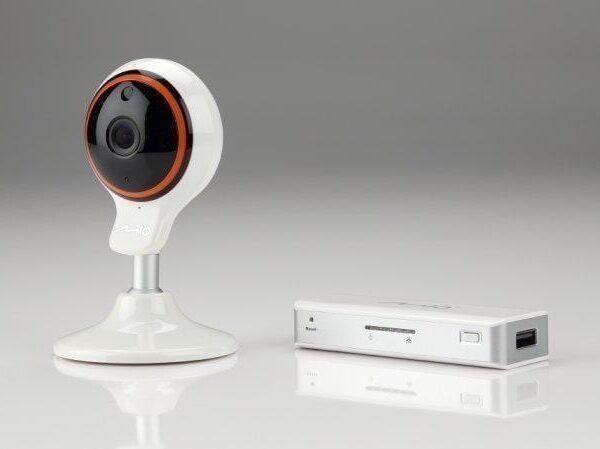 Mio выпускает видеоустройства для дома (mio vix cam c10 gateway jel)