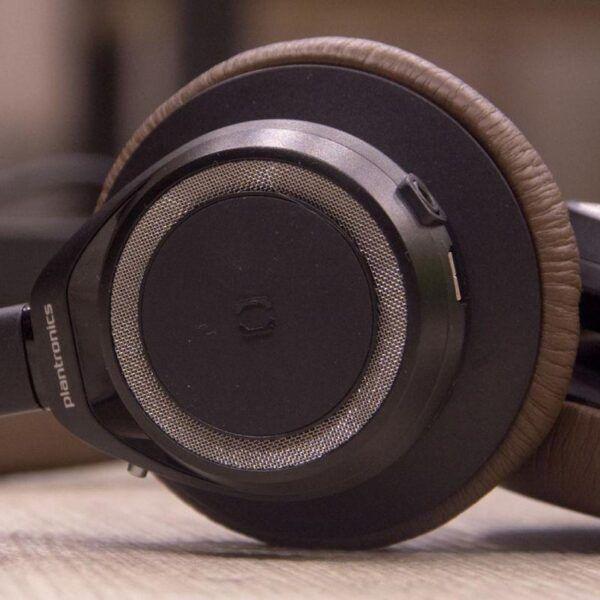 Обзор Plantronics BackBeat Sense. Музыкальная эйфория (DSC 3891 2 e1497307891961)