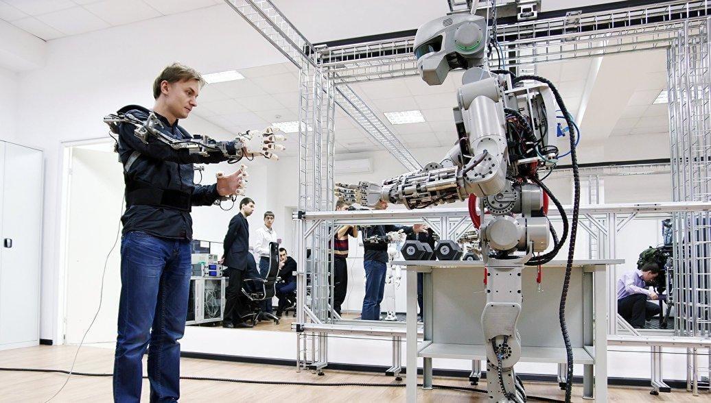 5 особенностей разработки российского робота Фёдора (1487527156)