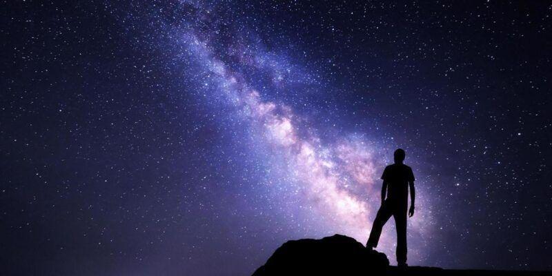 В Китае сделали самую большую модель вселенной (p03xsw49)