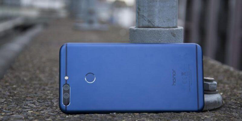 Huawei P10, Huawei Watch 2 и Honor 8 Pro получили награды EISA (honor 8 pro review back 1)