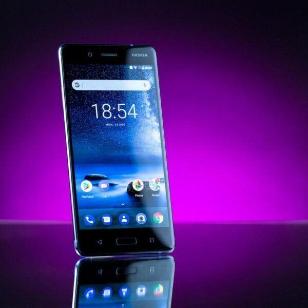 Nokia выпустила свой первый смартфон на Android (nokia 8 flagship product photos hero 8)