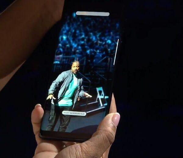 Samsung представила Galaxy Note 8 с двойной камерой и безрамочным дисплеем (photo 2017 08 23 20 29 50)