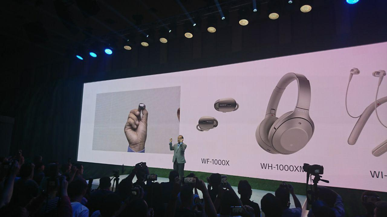 IFA 2017. Sony представила колонку с Google Assistant и беспроводные наушники (photo 2017 08 31 16 11 02)