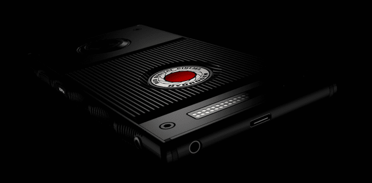 "RED показала смартфон с ""голографическим"" дисплеем (50d61a860743c165d9fe599f41ef6d16)"