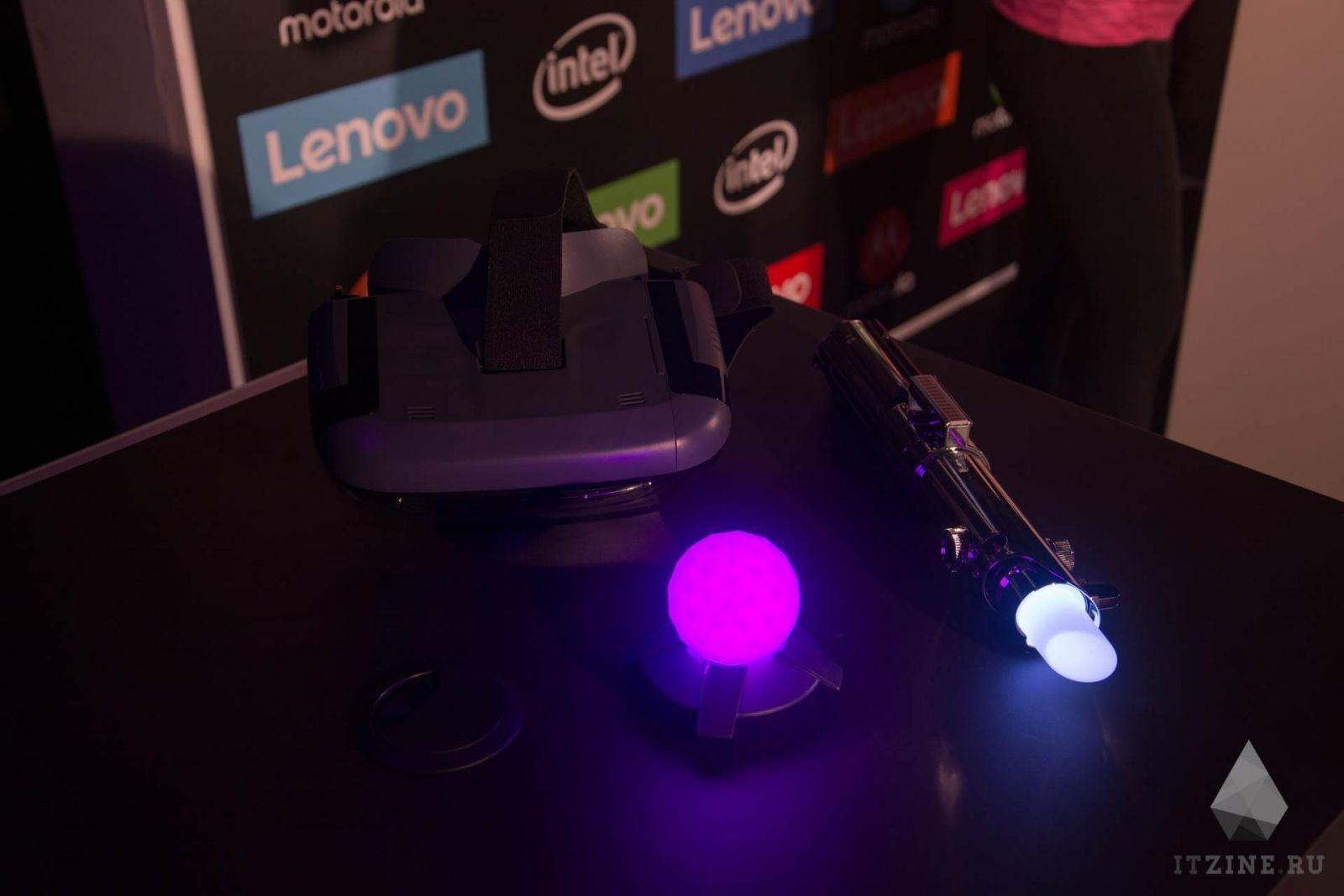 IFA 2017. Lenovo выпустила два VR/AR-шлема. Один со Star Wars и световым мечом (DSC 4777)