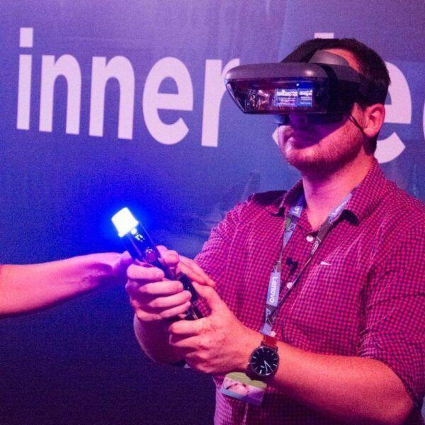 IFA 2017. Lenovo выпустила два VR/AR-шлема. Один со Star Wars и световым мечом (DSC 4815 e1504252773241)