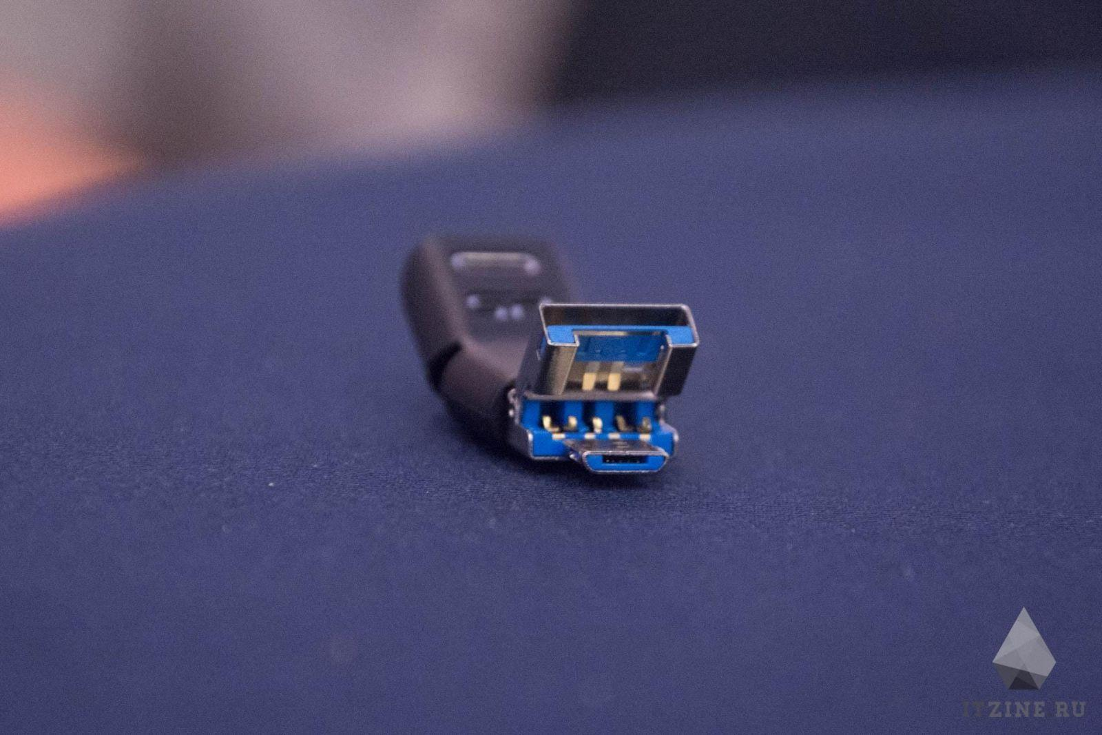 IFA 2017. Silicon Power сделала флешку с USB, USB-C и microUSB для смартфонов (DSC 5123)