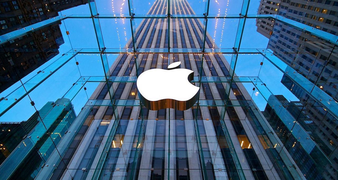 iPhone 9 анонсируют в 2018 году (apple 1)
