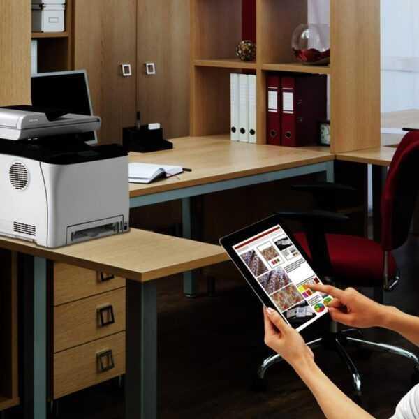Новые цветные лазерные принтеры и МФУ Ricoh для бизнеса уже в России (Ricoh SP C262SFNw)