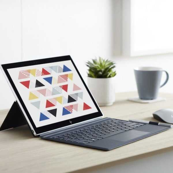 Microsoft представила первые ноутбуки на ARM-процессоре с Windows 10 (hp)