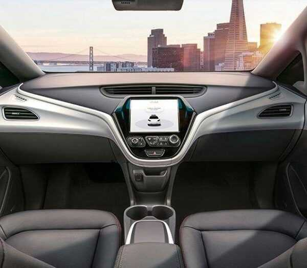 General Motors показали фото салона автомобиля без руля (1515763566323)